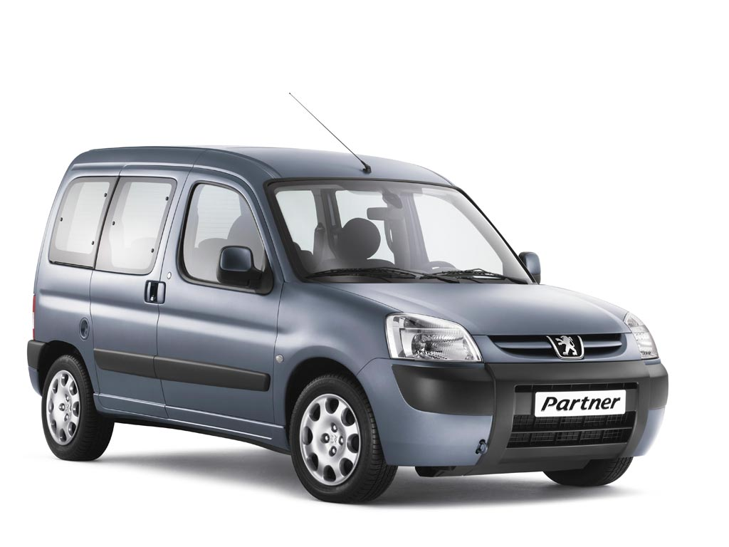 Peugeot Partner - полноценный конкурент по объему груза