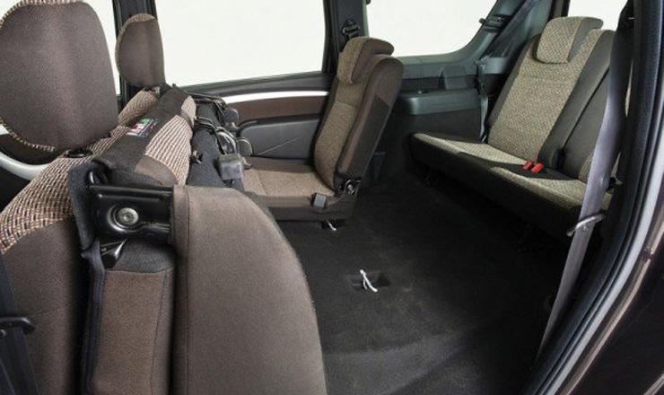 В салоне Ларгуса будет комфортно всем 7 пассажирам