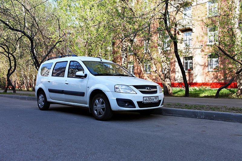 Автолюбители преимущественно выбирают Ларгус универсал нежели версию фургон