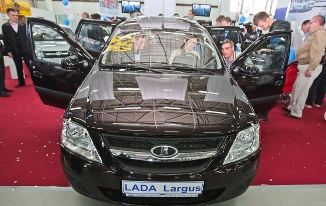 Лада Ларгус на автовыставке