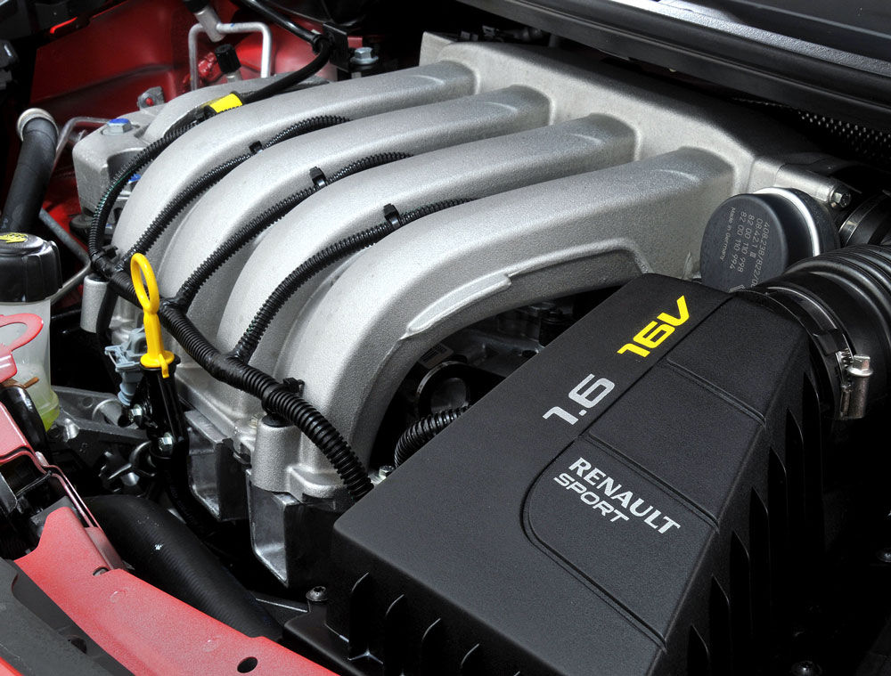 Двигатель Лады Ларгус